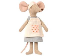 Knuffelmuis - verpleegster - 15cm