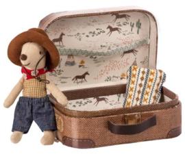 Knuffelmuis kleine broer - Cowboy muis in koffertje - 10cm