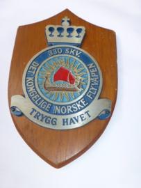 Noorse squadron  330  wandschildje