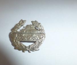 Zilveren baret embleem  Vechtwagen KNIL