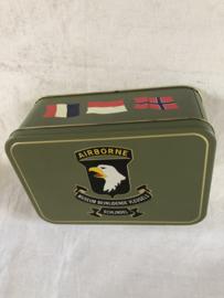 Herdenkingsblik 101 Airborne Bevrijdende Vleugels
