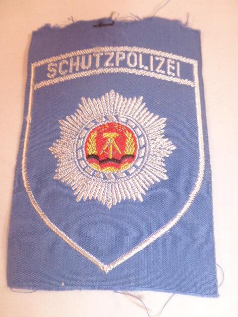 Schutzpolizei embleem