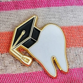 Graduation tooth pin