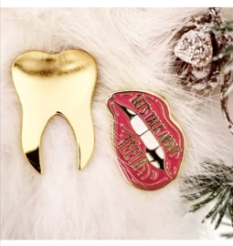 Dental Pin: golden tooth pin
