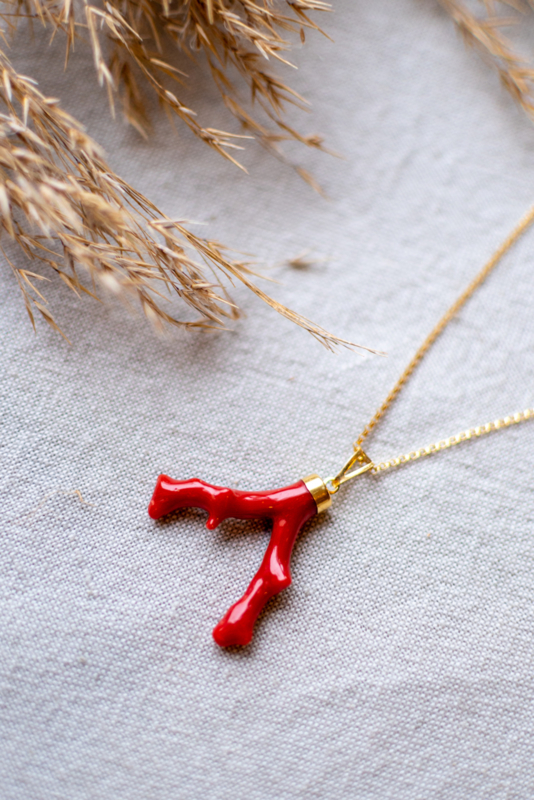 The Vintage Coral Branch Red