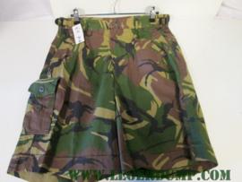 Korte broek camouflage (gebruikt)