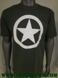 T-shirt  Groen met grote witte ster  WW-II