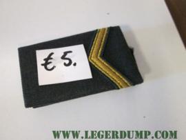 "Landmacht onderscheidingsteken ""Sergeant""."