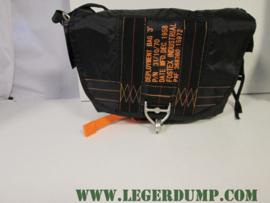 Parachute tas zwart pukkel