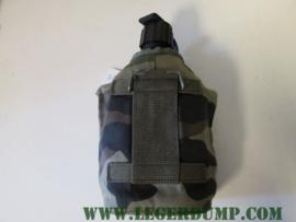 veldfles met hoes camouflage (gebruikt)