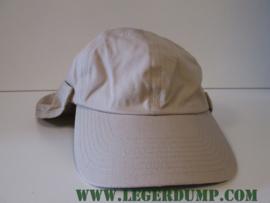 Desert cap