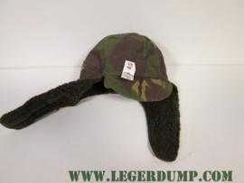 Bontmuts camouflage met originele oorflappen