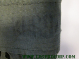 Korte broek groen met streepje