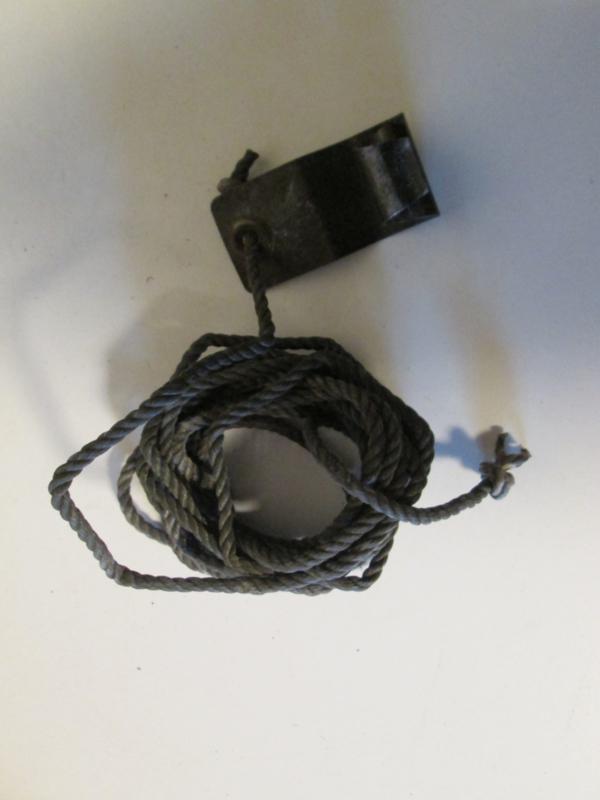 Antenne  tiedown