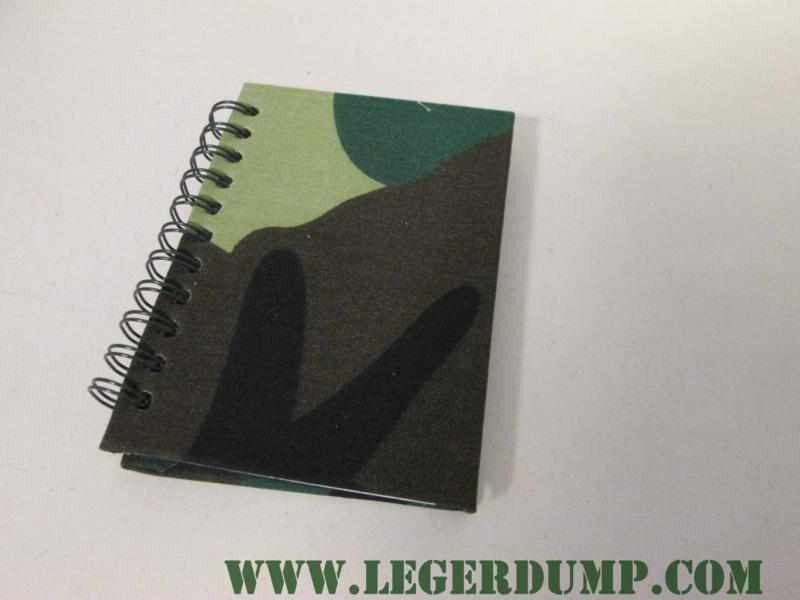 Notitieblokje camouflage klein (11 x 9 cm)