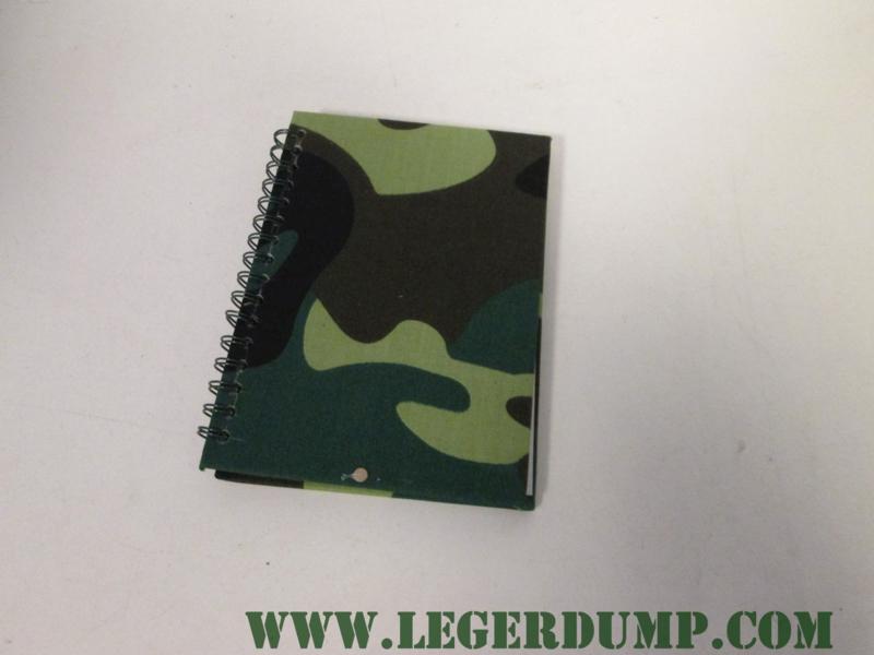 Notitieblokje camouflage  (15 x 11 cm)