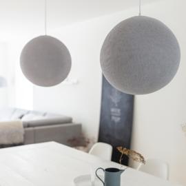 Grijze ronde plafondlamp