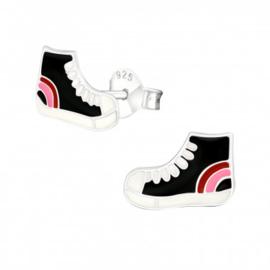 Oorstekers sneaker