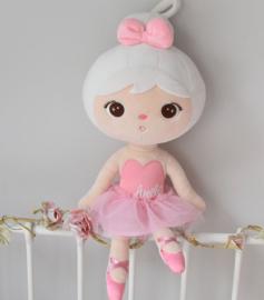 Meetoo ballerina