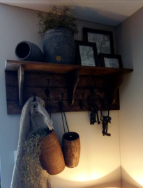 Wooden Coathanger Brynxz