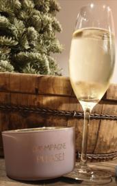 Champagne Please !