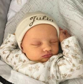 Newborn muts | Cream