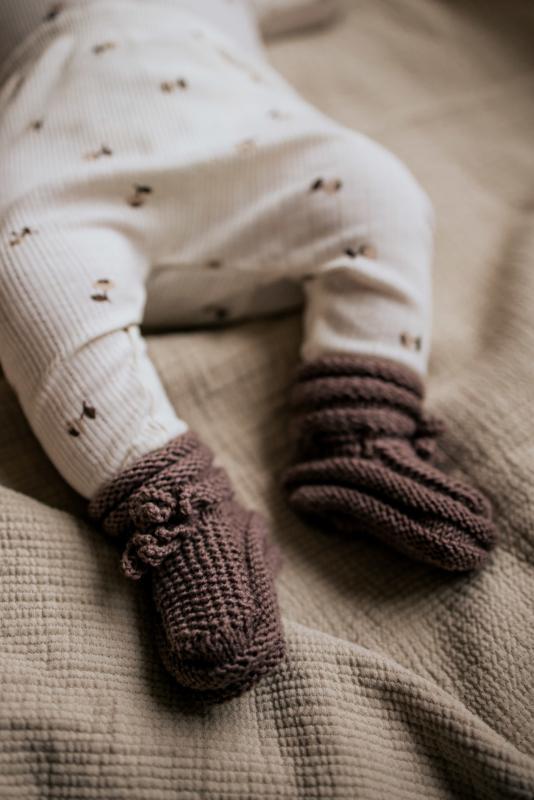 Taupe baby slofjes