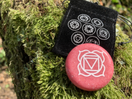 Chakra meditatie steen, eerste chakra
