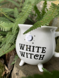 Beker White Witch