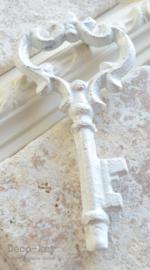 Sleutel gietijzer wit, zilverlaagje. Keuze uit 3