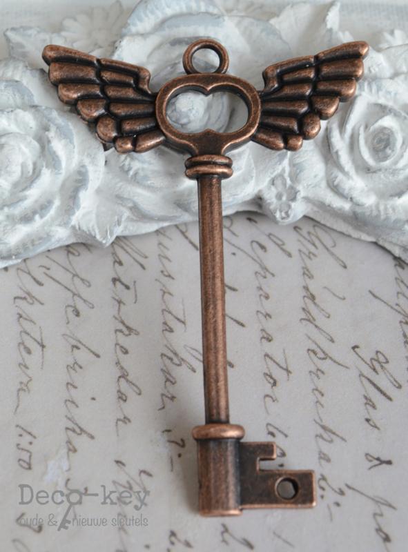 Sleutel koper hartje vleugels