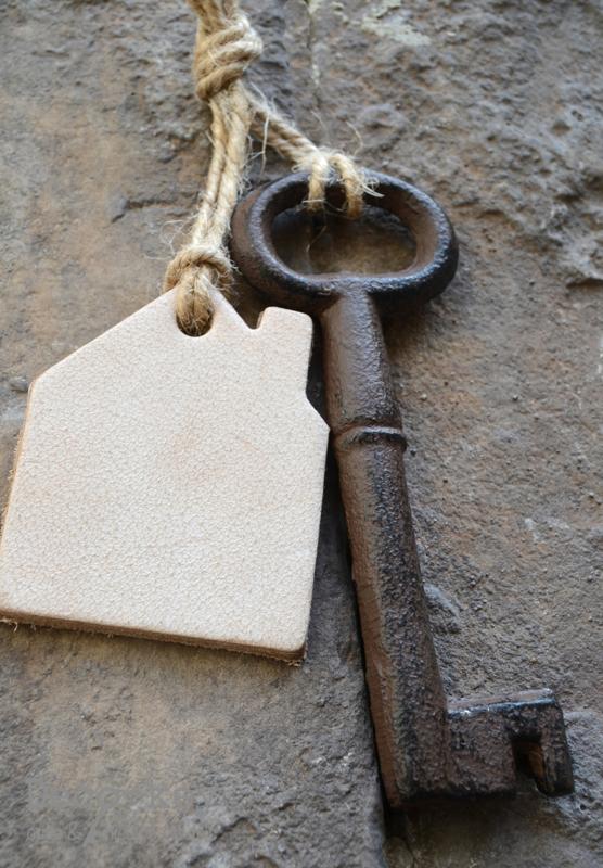 Hanger sleutel met huisje