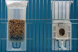 Voersilo inhoud 250 gram (Futterspender für Vorsatzgitter ca. 250 g)