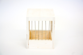 Wooden Nest Box With Bars Small 11x11x13,5cm (Volierennest Holz 11 x 11 x 13,5 cm)