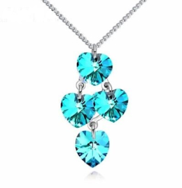 Ketting met Swarovski kristal hartjes - Swarovski elements Blue