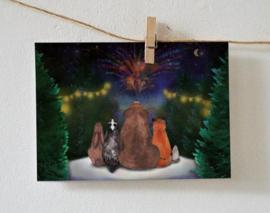 Postkaart   Winterkaart met bosdieren en vuurwerk
