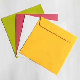 Envelop | Vierkant geel
