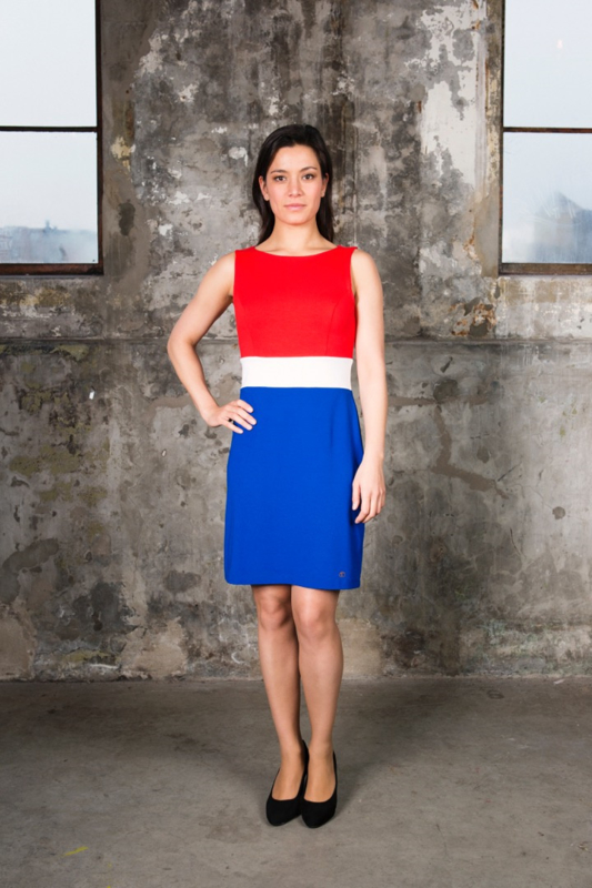 Rood wit blauw jurkje (BOOT-HALS)