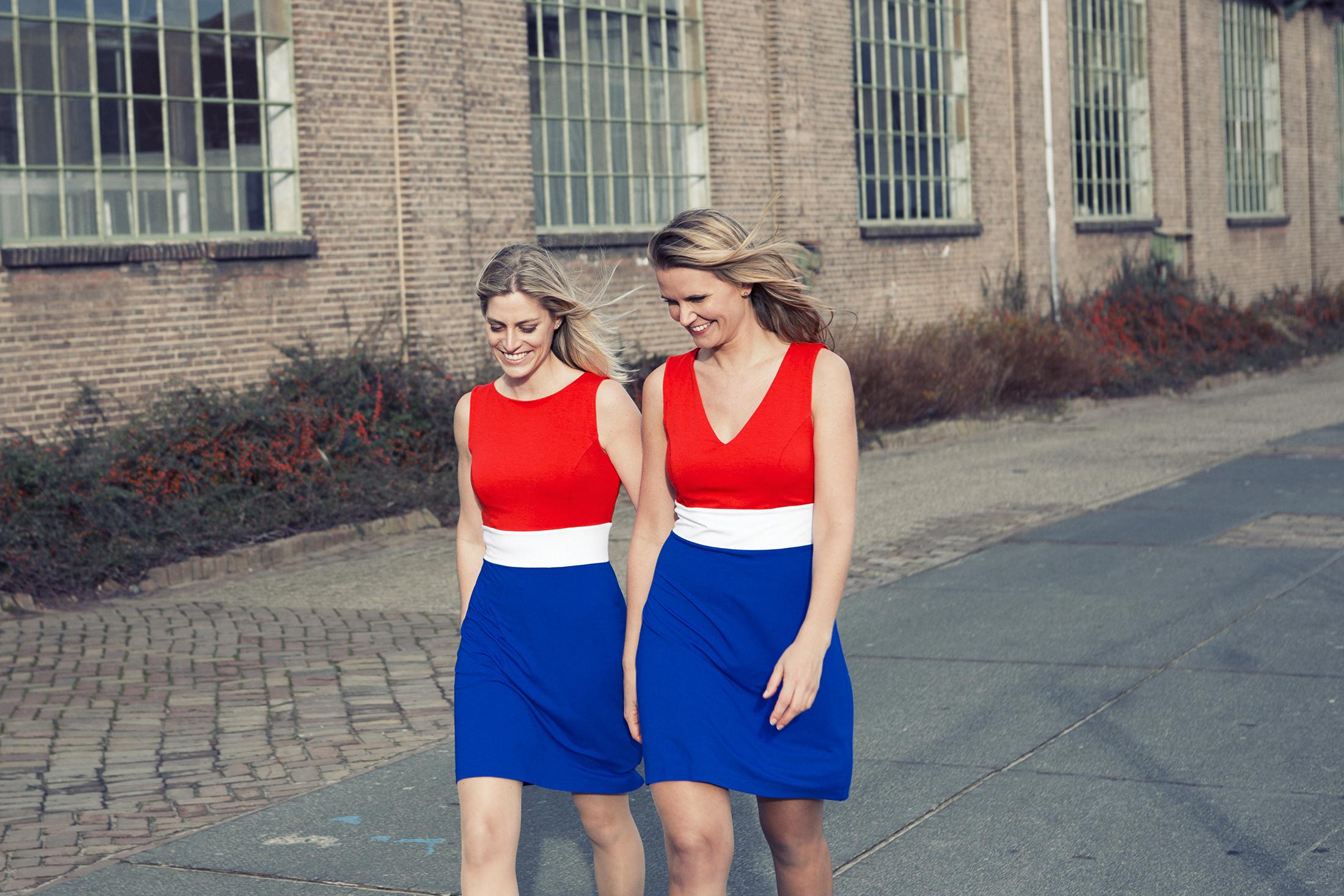 vlaggenjurk oranje wk voetbal songfestival rood wit blauw