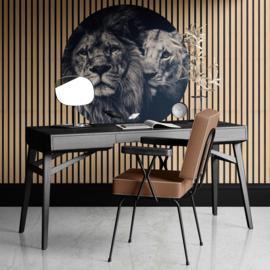 Rond schilderij van Lion couple