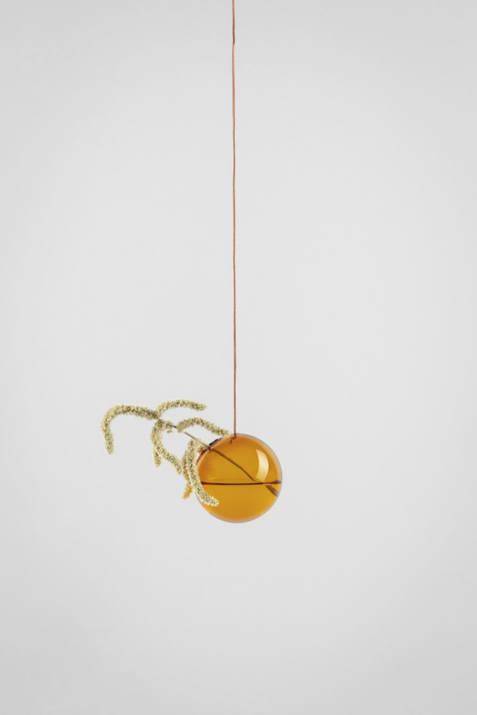 Flower Bubble hangend 8cm, amber
