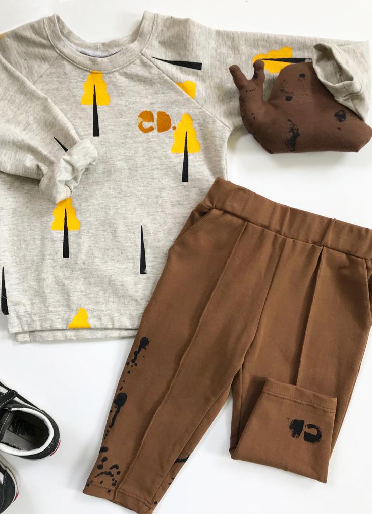https://www.analysed-kidswear.com/a-55304808/broeken/trackpant-bruin-spetter/