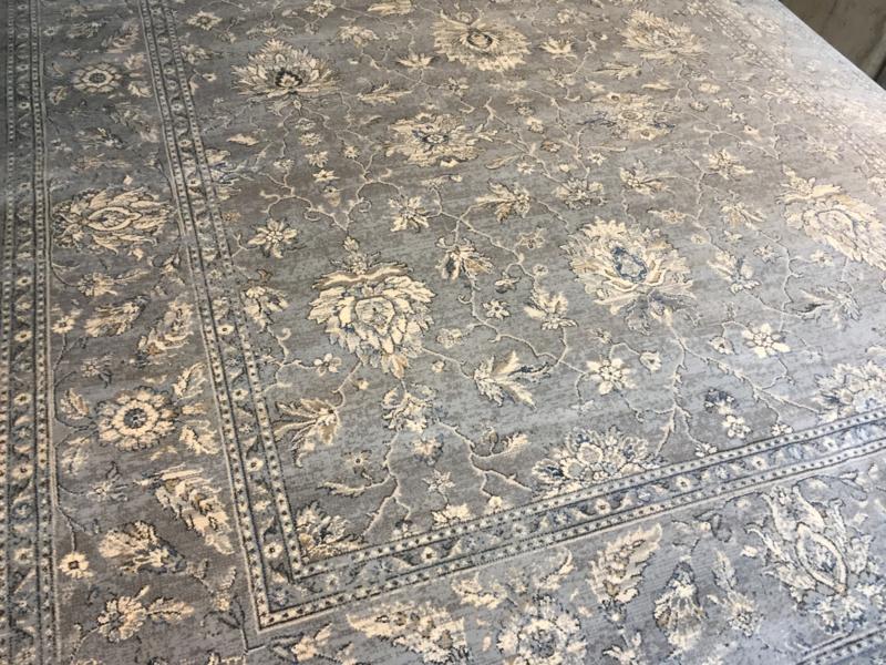 Kirschir tapijt Maat:200X290