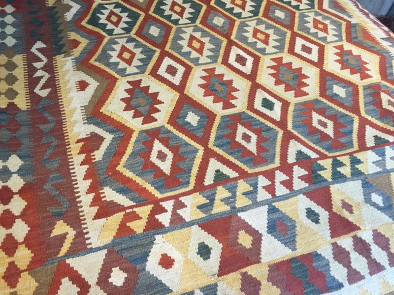 Kelim: Kelim tapijt Maat: 198X300