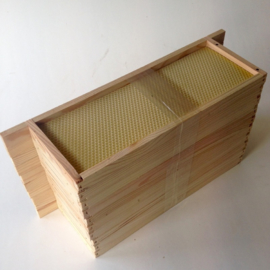 Gemonteerde honingkamer ramen met kunstraat, per 10 stuks.