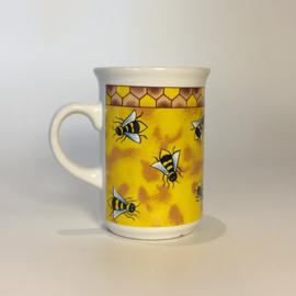 Mok met bijen