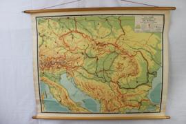 Schoolplaat stroomgebied van de Donau