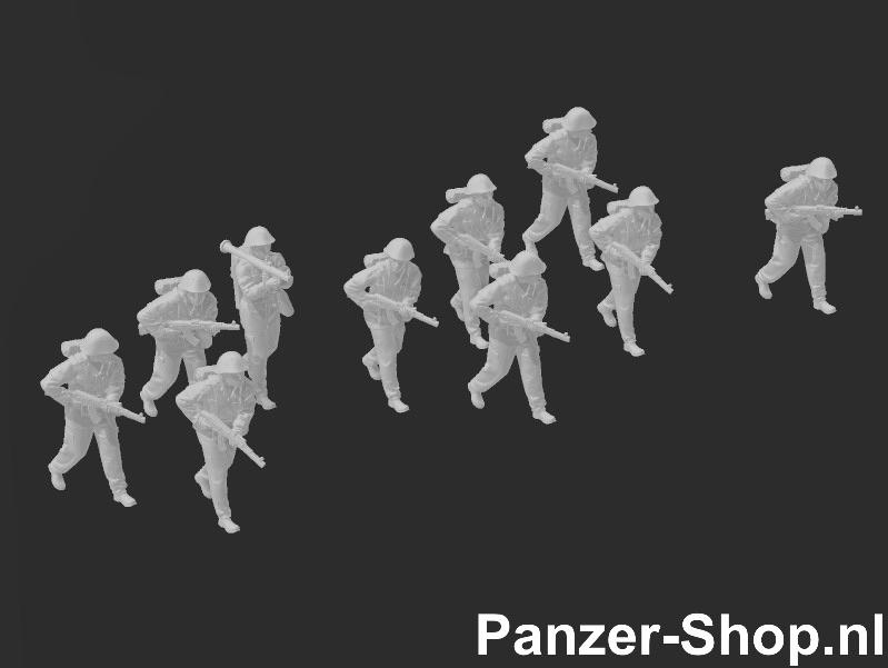 (TT) NVA Set 2   Trainende Soldaten