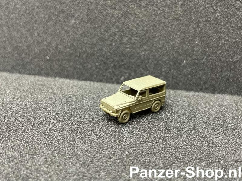 Mercedes-Benz G Wolf (Hard Top, Ohne Rack)