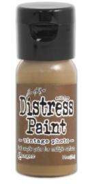 Distress Paint Vintage Photo TDF53354
